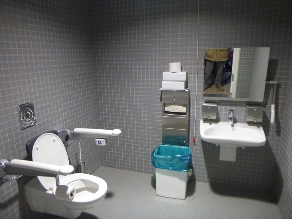 Banheiro adaptado: conheça as normas  #297483 1024x768 Banheiro Acessivel Tamanho